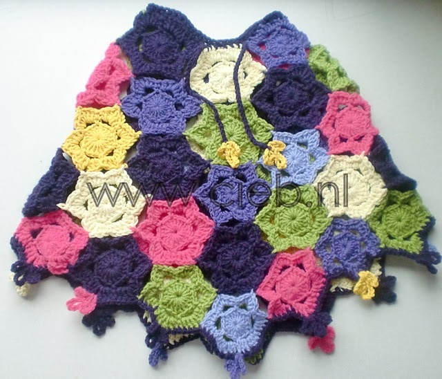crochet poncho for the girls?