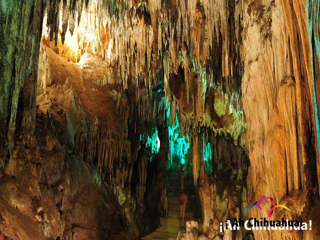 TURISMO EN CHIHUAHUA. Las grutas Nombre de Dios, ubicadas a solo 15 minutos del Centro Histórico de Chihuahua, fueron inauguradas en el año 2000 después de acondicionarlas para el público. No puede desaprovechar la oportunidad de visitar estas hermosas grutas donde pasará por 17 salas con estalactitas y estalagmitas que se formaron durante millones de años. #visitachihuahua