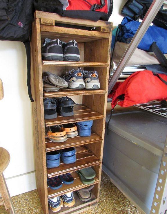 Best 25+ Wooden shoe racks ideas on Pinterest | Wooden ...