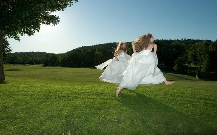 Wedding Photojournalism by Ottawa Wedding Photographer Paul Couvrette.