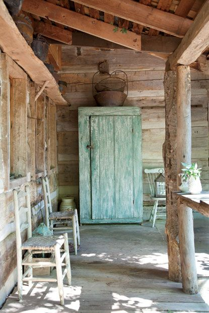 Log cabin porch log homes pinterest gardens front for Log cabin porch