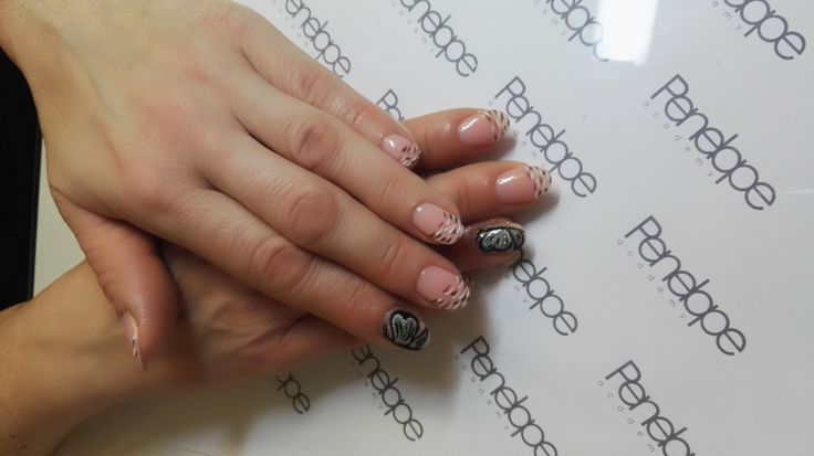 Soak off gel shellac nail course Penelope Academy Gloucester http://www.penelopeacademy.co.uk/nail-courses  #beautyshool #nail #nailart #nailedit #nailartwow