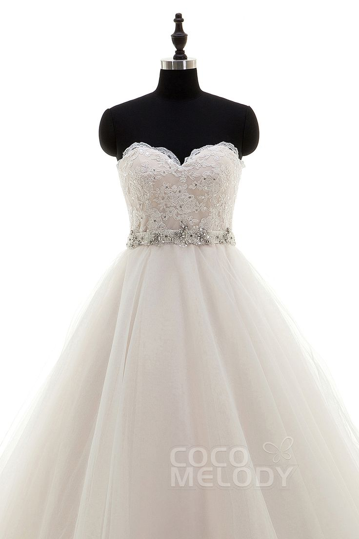 Grab your Sweetheart Tulle Wedding Dress at a great price. http://glamourgownsandheels.com.au/perfect-sweetheart-tulle-sleeveless-wedding-dress/  #bridalgowns #designergowns