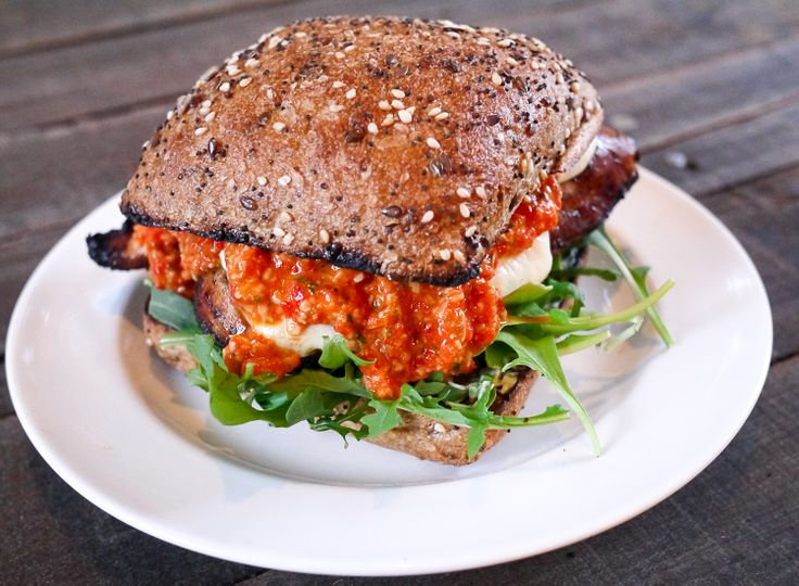 Grilled Chicken Sandwiches with Mozzarella and Roasted Red Pepper ...
