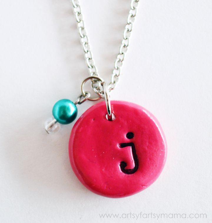 DIY Stamped Monogram Necklace at artsyfartsymama.com #diyjewelry