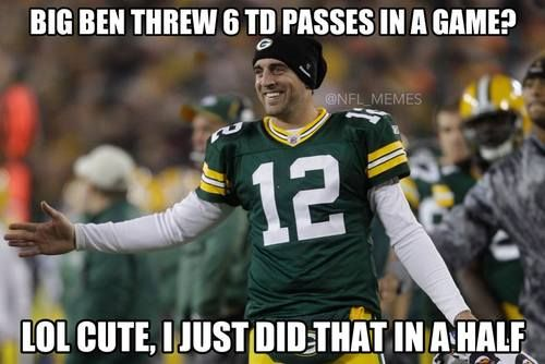 kickoffcoverage: Aaron Rogers has SIX TDs at halftime!! Packers lead Bears 42-0 at the half.