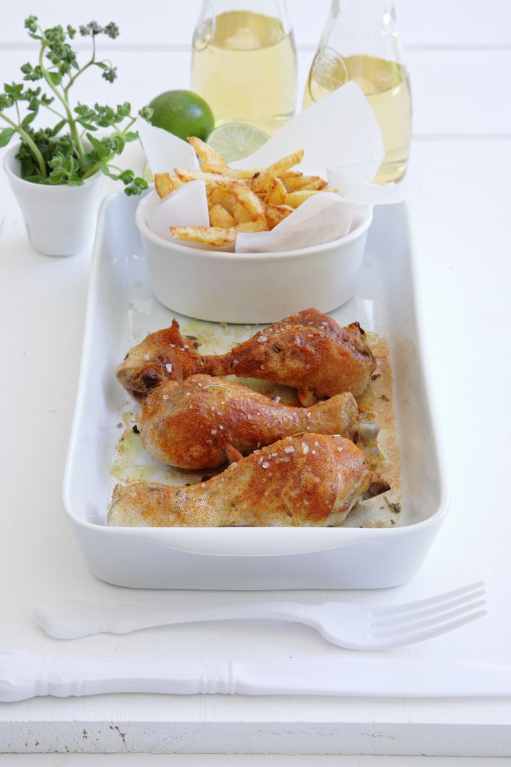 Chicken with smoked paprika. Delicious! http://www.instyle.gr/recipe/kotopoulo-kapnisti-paprika/