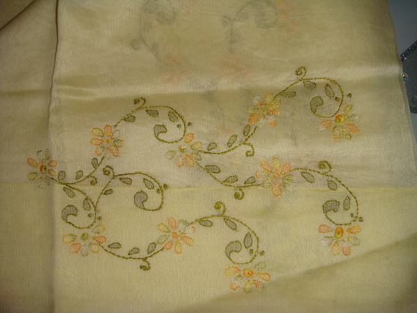 Image from http://www.indusladies.com/forums/attachments/embroidery/53433d1350732108t-embroidery-shadow-work-dsc00381.jpg.