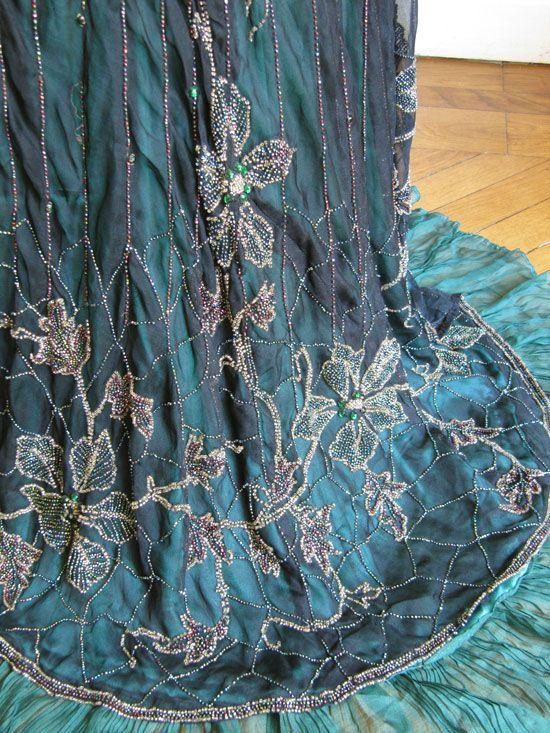 Teal detail: Beads Embellishments, Evening Dresses, Abito 174, Dresses Details, Antique Clothing, 1910S Dresses, 1911 Dresses, Dresses 1911, Beads Work