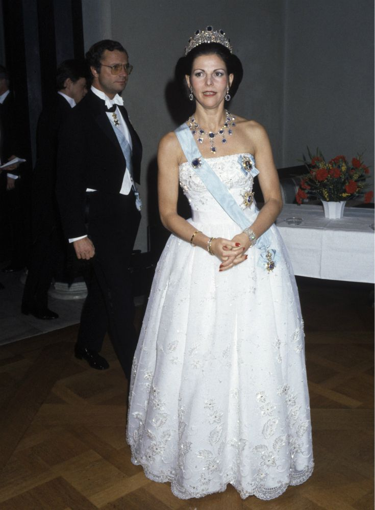 Queen Silvia at the Nobel prize festivities in 1984 Dress made by Jorgen Bender