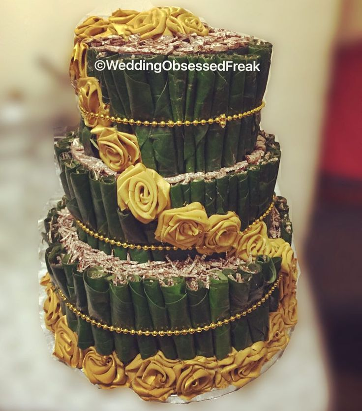 So annoyed I couldn't get a decent picture of the paancake but this will have to do! It was made from scratch including the flowers! It's perfect for an engagement (cinifan). DM for enquiries or bookings! #WeddingObsessedFreak #paancake #engagement #cinifan #sinifan #cinifaan #flowers #roses #paan #cake #beads #green #gold #diy #handmade #gwafan #bengali #bengaliwedding #bengaliengagement #bengalicinifan #asian #inidianweddings #wedding by weddingobsessedfreak