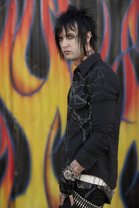 The Rev <3 Avenged Sevenfold; rest well man. You are forever loved & missed <3