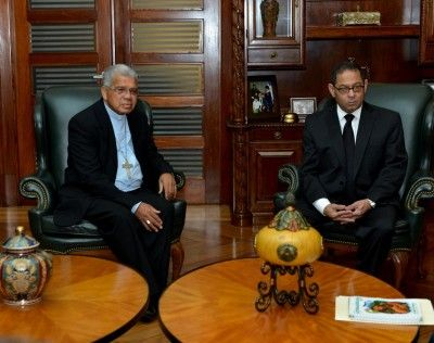 Presidente del Poder Judicial se reúne con arzobispo Francisco Ozoria