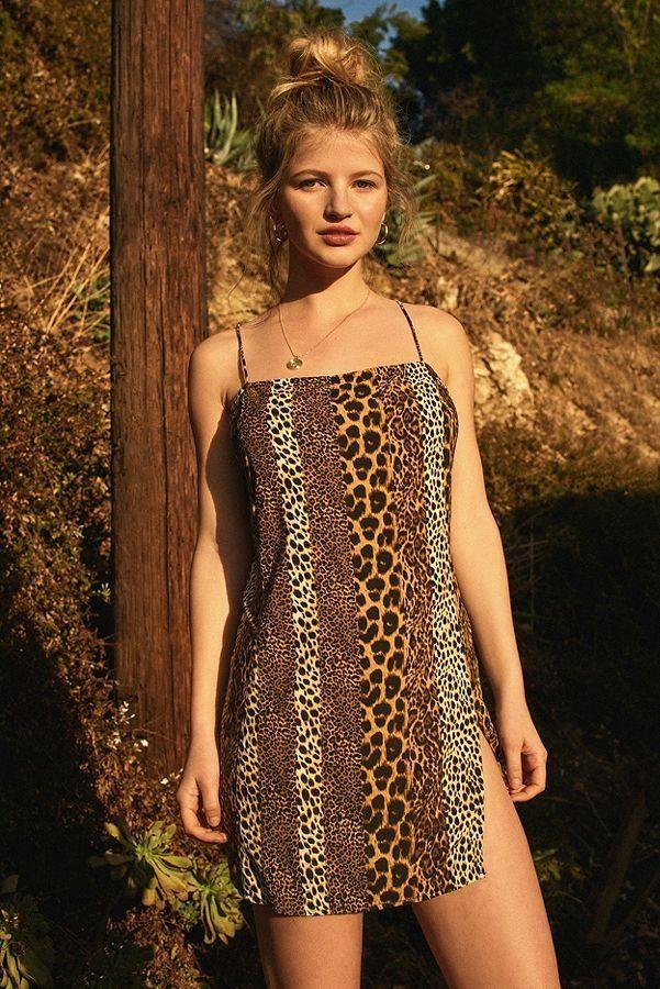 5ba4f79c6a98 Slide View  2  Motel Datista Leopard Mini Slip Dress Urban Dresses