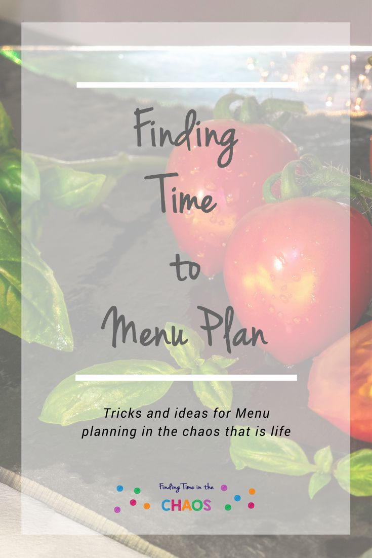 Its 5pm, What's for Dinner. Here are some tips, tricks and ideas to help you menu plan www.findingtimeinthechaos.com.au