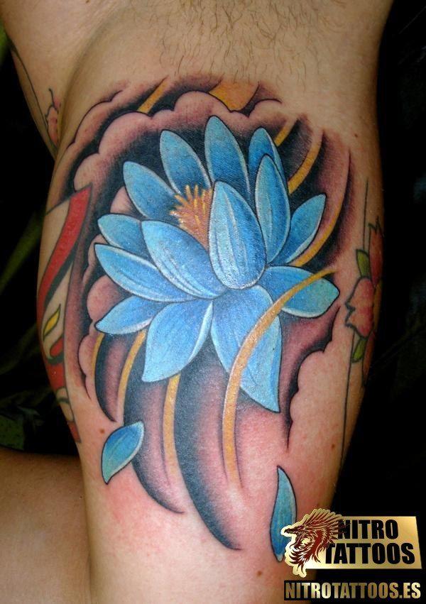 tatuaje de flor de loto en hombres