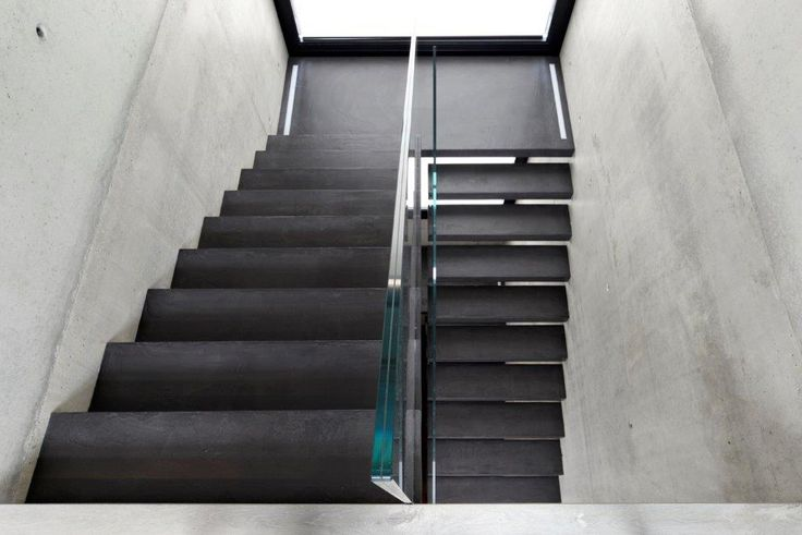 A masterpiece, a #stair that is the undisputed protagonist of the building. #interbau #design #quality #architecture #art #artforyourhouse #madeinItaly