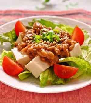朝食に栄養たっぷり♪ツナ納豆の豆腐サラダ