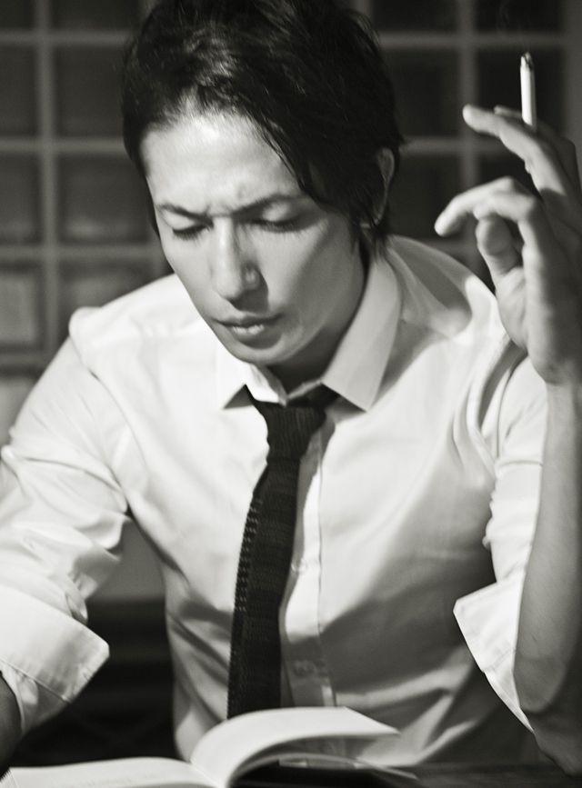 紳士の週末──玉木 宏、バーバリー プローサムを着る(5) ワードローブ(メンズファッションアイテム) GQ JAPAN