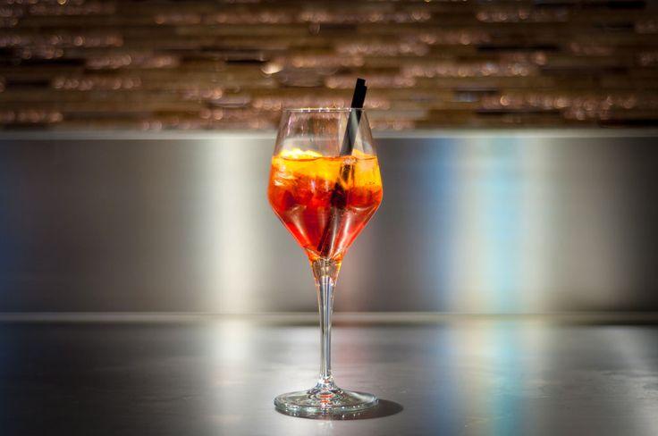 SPRITS (Prosecco, Aperol, Soda)