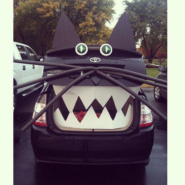 15 best Haloween images on Pinterest Halloween prop, Holidays - halloween trunk or treat ideas