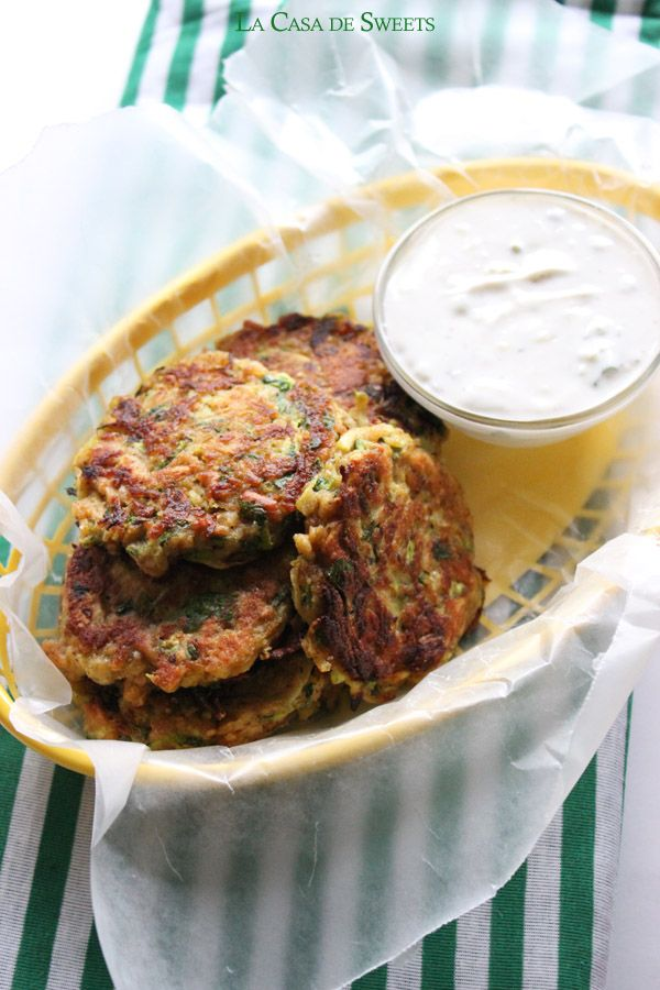 """Poor Man's Zucchini """"Crab"""" Cakes with Homemade Tartar Sauce, the perfect crab-less crab cake!"""