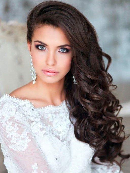 Прическа на длинные волосы кудри - http://popricheskam.ru/117-pricheska-na-dlinnye-volosy-kudri.html. #прически #стрижки #тренды2017 #мода #волосы