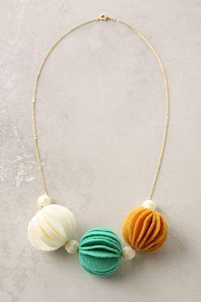 copy-craft: felt crafts. Anthropologie inspired necklace.