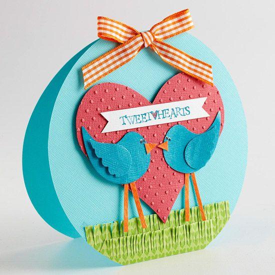 Tweet-Hearts Valentine Card // How adorable is this cute love birds card!? More DIY Valentine's Day Cards: http://www.bhg.com/holidays/valentines-day/cards/handmade-valentines-cards/