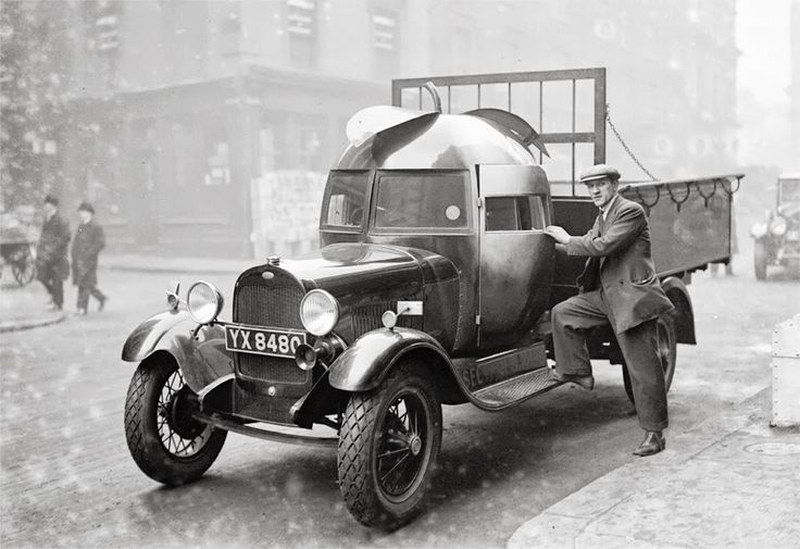 The Apple Delivery Truck, 1928 - Dark Roasted Blend