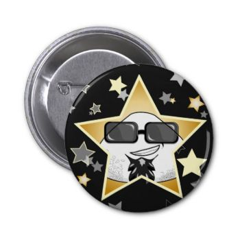 Give to your bag or cap a VIP touch with this cool button! It looks great on black stuff, givin tgo your look a spin of awesome style!
