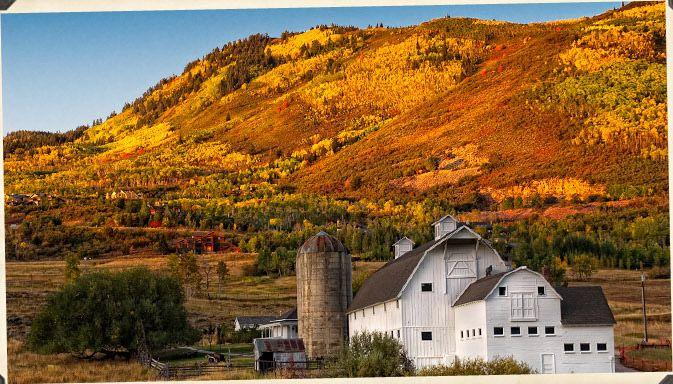 Park City, Utah: Favorite Places, Parks Cities Utah, White Barns, Barns In Utah, Activities, Beautiful Utah, Farms Fall, Kpcw Parkciti, Utah Barns