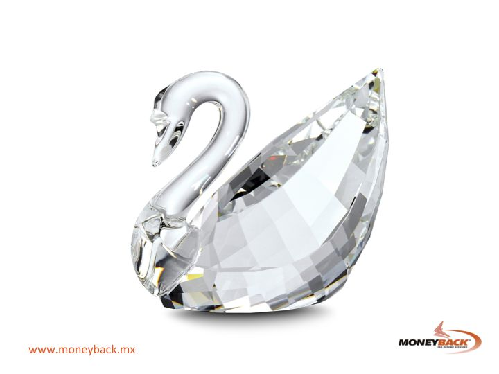 VISIT MEXICO Swarovski products include crystal miniature figures, watches, jewelry, home décor and even chandeliers in some stores. Swarovski Mexico is a Moneyback affiliated business. #moneyback  #taxrefund #travelmexico