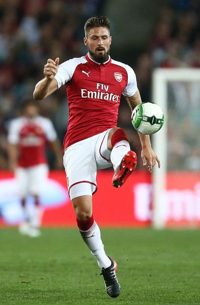 Olivier Giroud of Arsenal controls the ball during the match between the Western Sydney Wanderers and Arsenal FC at ANZ Stadium on July 15, 2017 in Sydney, Australia.