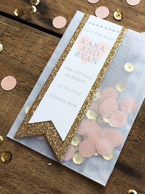 開けると、コンフェッティがはらり♡紙ふぶきを招待状の封筒の中に入れるサプライズが流行中*にて紹介している画像
