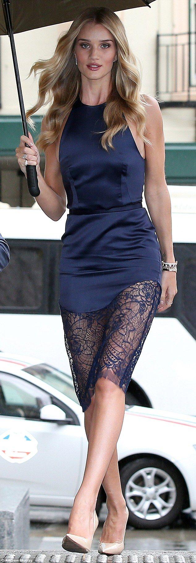 Rosie Huntington-Whiteley stunning at ModelCo skincare launch #dailymail