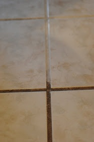 Making Lemonade: 3 (Top Secret) Tricks for Cleaning with Vinegar.   Grout cleaner
