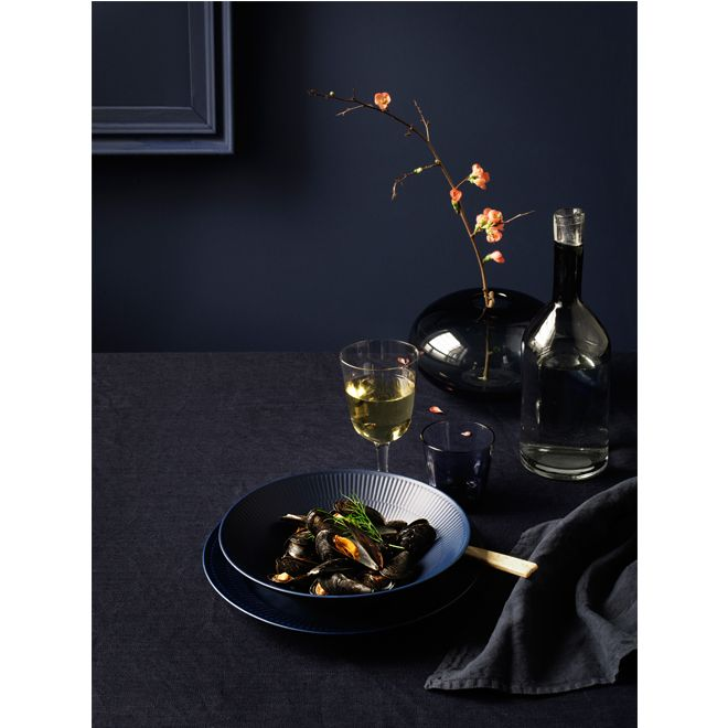 New Black Fluted and Blue Fluted by Royal Copenhagen_3
