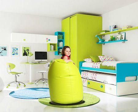 Super #dekoracyjne i kolorowe #pufy i #fotele do pokoju dziecięcego. #pufa #pufapiłka #pufadladziecka #pufy #pufydosiedzenia #pufysako #woreksako #poduchydosiedzenia #meblerelaksacyjne #fotel #fotelemłodzieżowe #fotelesako