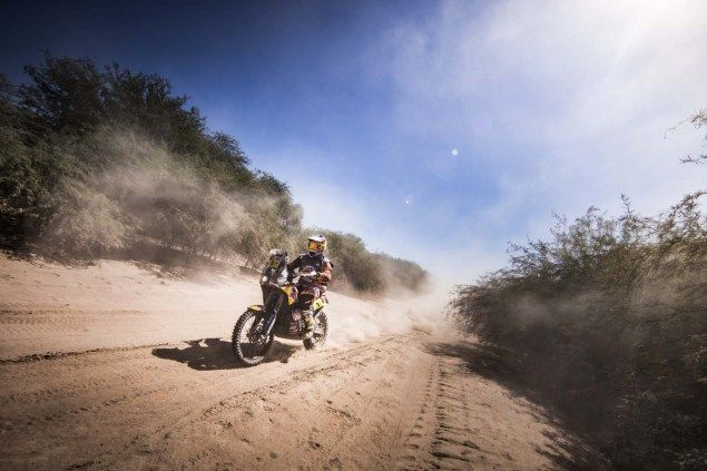 2017 Dakar Rally – Stage 2: Toby Price Takes Over the Lead  Today marks the real start of the 2017 Dakar Rally, with Stage 2 taking competitors on a 803km trip (275km on the timed special) through the Chaco region of Argentina. Navigation wasn't too hard on the racers for this stage, though the heat and humidity persisted and road hazards abounded. […]  The post  2017 Dakar Rally – Stage 2: Toby Price Takes Over the Lead  appeared first on  Asphalt & Rubber .