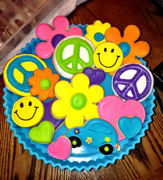 12 Hippie Peace Sign Retro 70's sugar cookies  by chast8888, $28.00