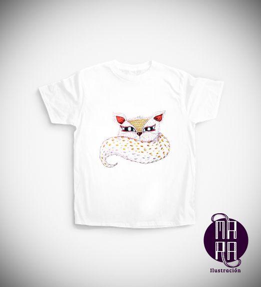 Camiseta Zorrito para niño Colores disponibles: Blanco - Negro  Edades: 3/4 - 5/6 - 7/8 - 9/11 - 12/14 http://camaloon.es/descubre/artistas/mara-ilustracion/creaciones/bosque/camisetas-personalizadas/camisetas-infantiles-personalizadas/productos