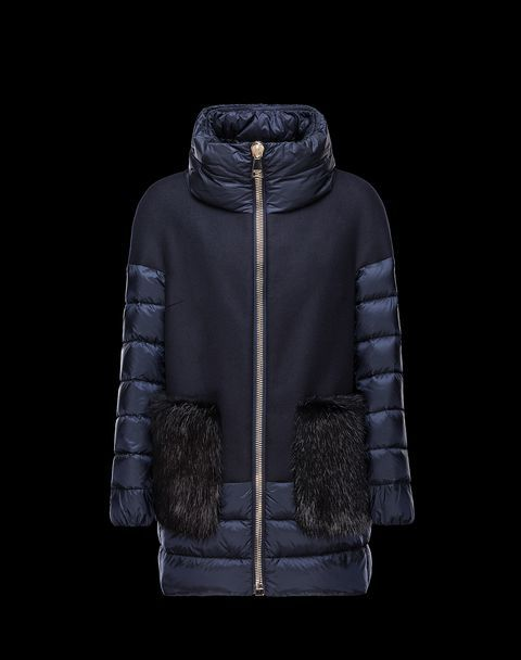 Discover FAYRAC for Women: find out the product features and shop directly from the Moncler official Online Store.