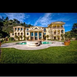 Luxorious Mansions!! @mansion_life Instagram profile - Pikore