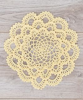 Japanese Dahlia Doily - free crochet pattern by Susan Lowman for Red Heart.