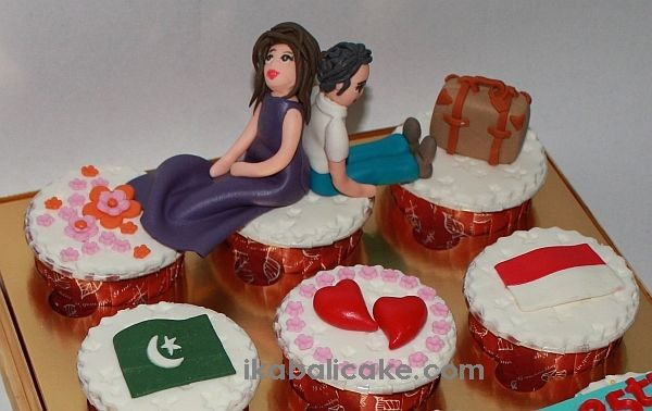 Birthday Cupcakes for Jee from his girl friend.