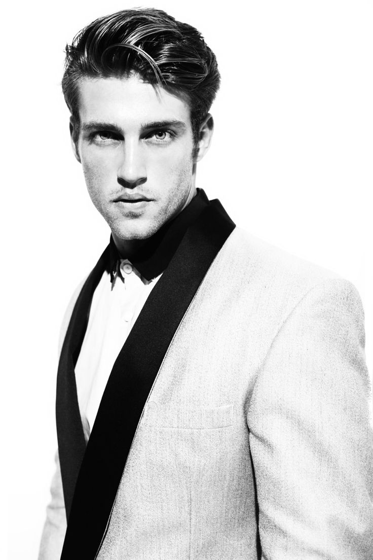 heath hutchins, white tux #newyears... My Lord of the Manor.. Jesse Ward