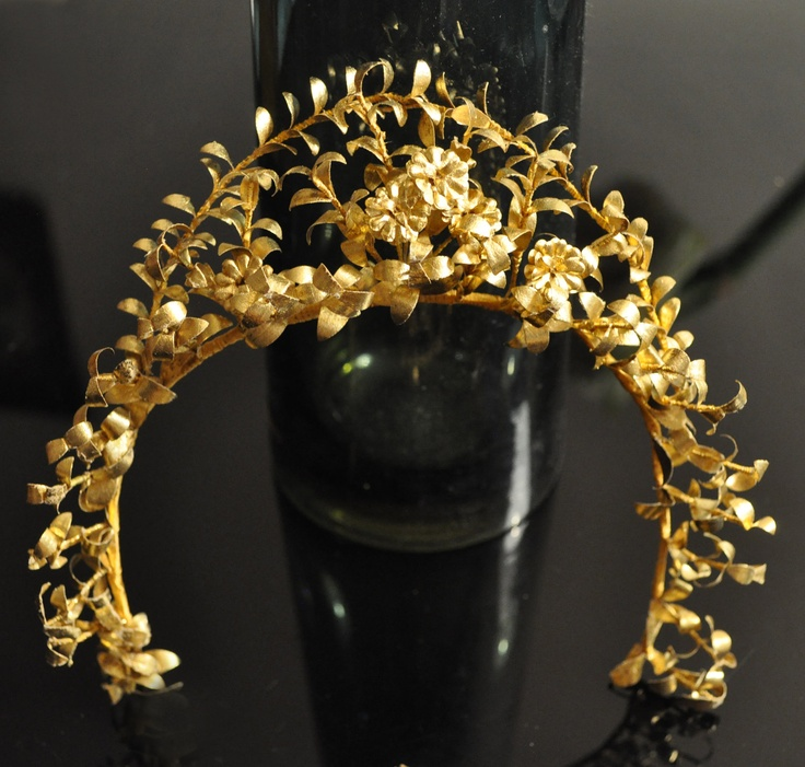 1900s Antique German RARE gold TIARA crown garland Victorian headdress myrtle flower leaves