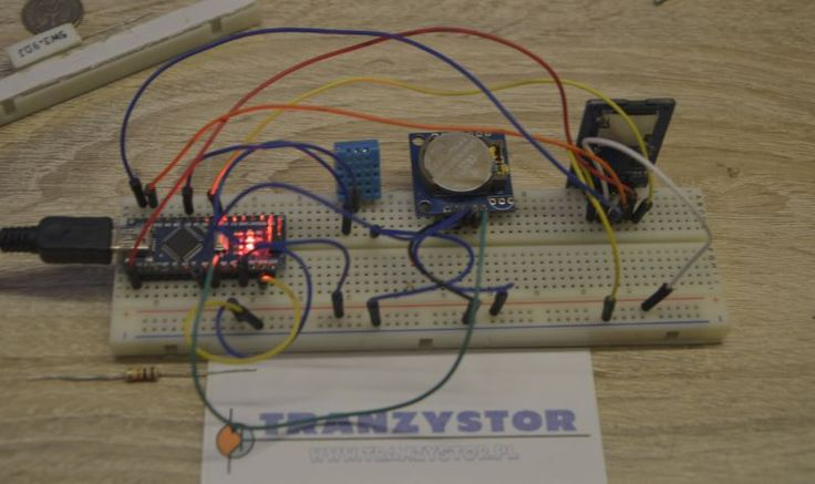 Arduino Logger Temperature, Humidity, Time on save SD Card