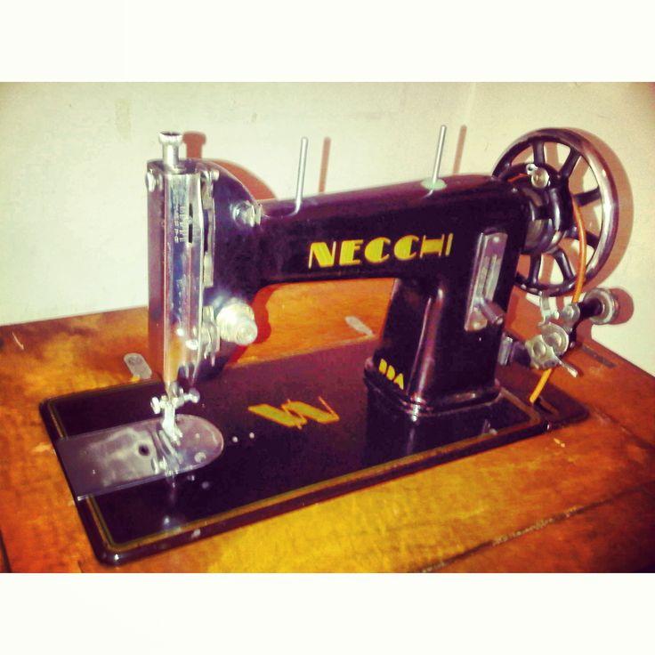 Una delle mie macchine da cucire ne ho due ma questa la for Migliore macchina da cucire
